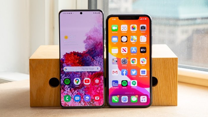 S20+ и iPhone 11 бок о бок сравнение толщины рамок