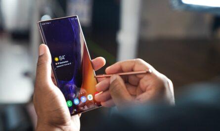 Все смартфоны защищённые стеклом Gorilla Glass Victus