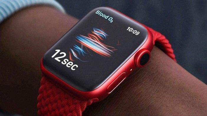 Часы Watch 6 в красном корпусе