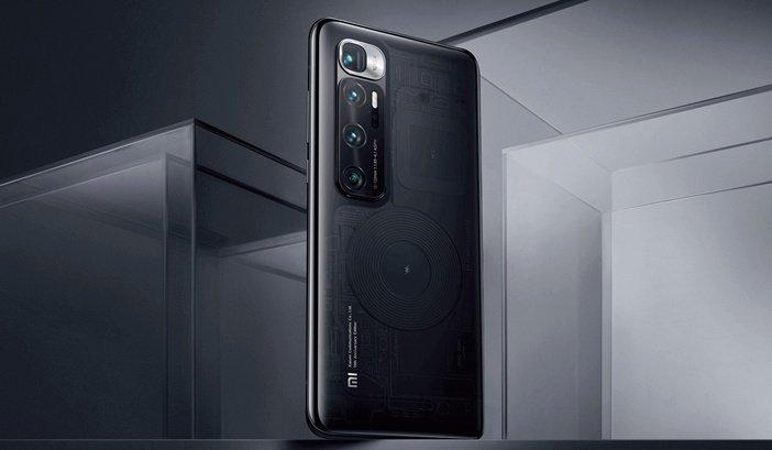 Блок камер в Xiaomi Mi 10 Ultra